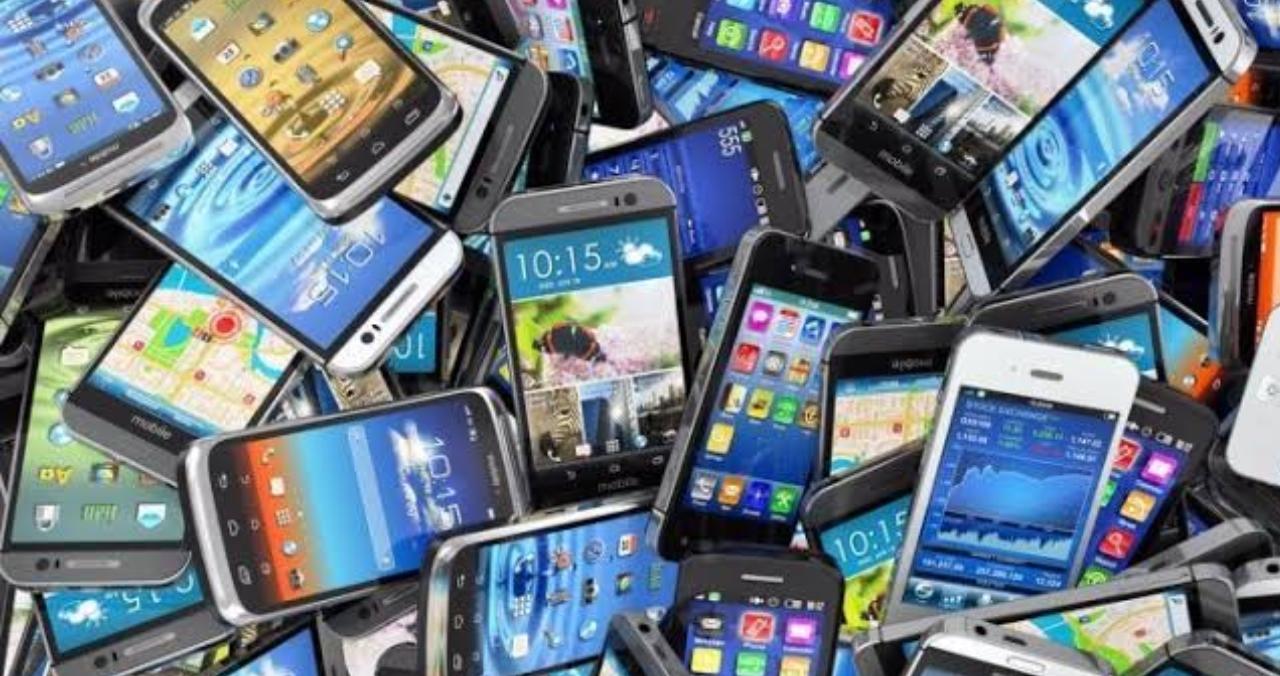 Image result for Pemerintah Bakal Blokir Ponsel Ilegal