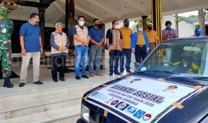 Bupati Jombang Salurkan Bantuan Bahan Pokok Untuk Buruh