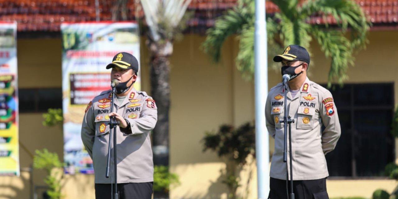 Upacara Lapsat di Mapolres Jombang