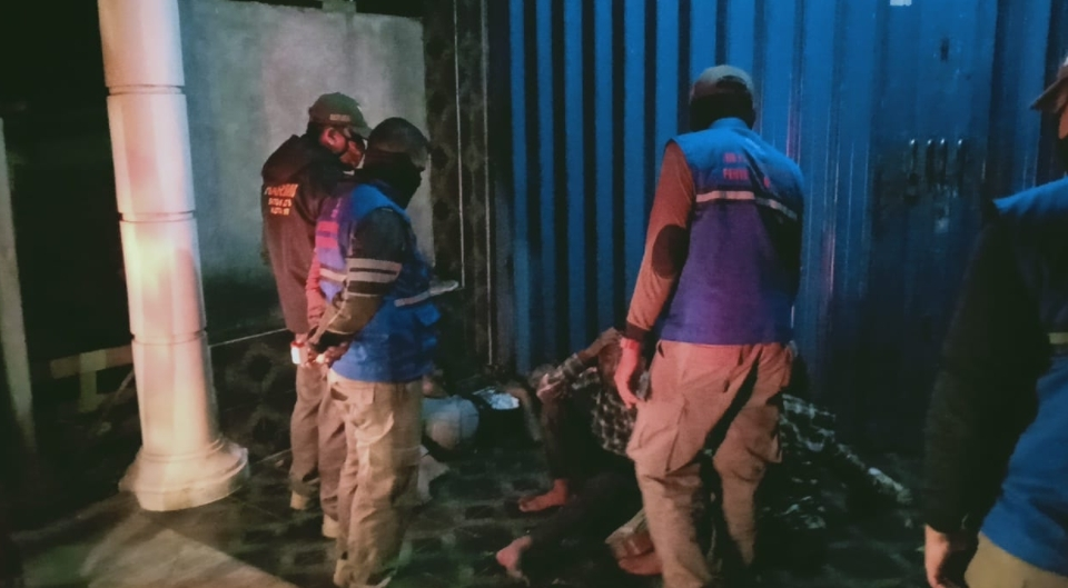 Tidur di Emperan Toko, 4 Anak Punk Diamankan Satpol Kota PP Kediri