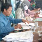 175 Warga Desa Brudu Sumobito Jombang Terima BLT Rp200.000