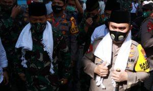 Kapolda Jatim Irjen Pol M Fadil Imran saat di Ponpes Syaichona Moh Cholil/Tarmuji