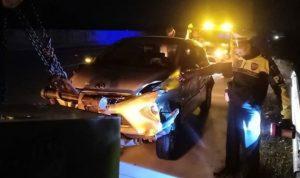 Oleng, Mobil Dosen Malang Tabrak Guardrail di Tol Sragen-Ngawi