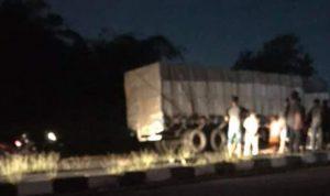 Pemotor Meninggal Tabrak Truk Parkir di Bypass Mojoagung Jombang