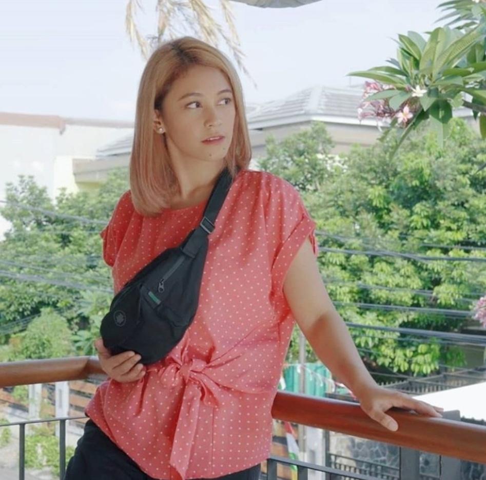 Jarang Muncul, Ini 9 Potret Penyanyi Eky Renata Jebolan AFI Asal Jombang