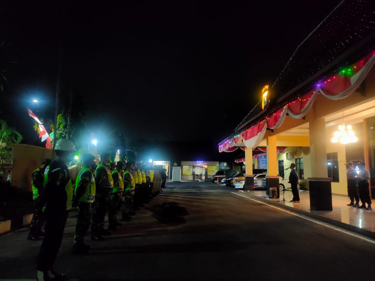 Polres Jombang Patroli Skala Besar Disiplinkan Warga Bermasker