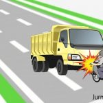 Pasutri Nahas, Naik Motor Boncengan Ditabrak Truk di Jombang