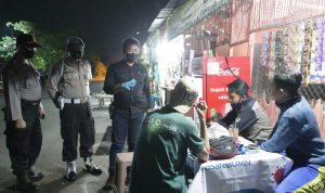 Polres Jombang Patroli Malam Jaga Kamtibmas Sekaligus Imbau Protokol COVID-19
