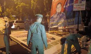 Melanggar, Baliho Tiga Paslon Pilkada Tuban Ditertibkan