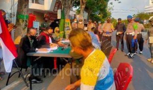 Razia Protokol Kesehatan di Jombang, 64 Warga Tak Pakai Masker Didenda