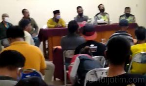 Oknum Staf Pemdes di Jombang Digerebek Dan Didenda Tanah Uruk