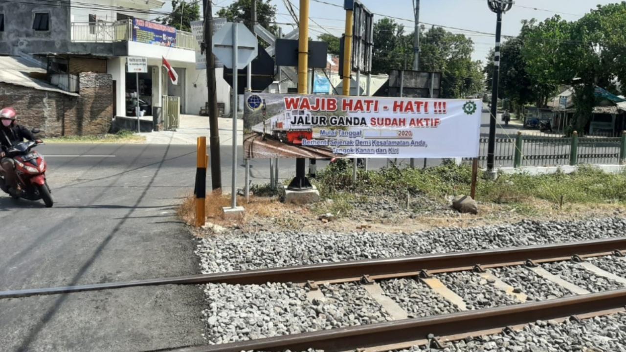 Hati-hati, Rencana Besok Jalur Ganda KA Mojokerto - Jombang Diuji Beban