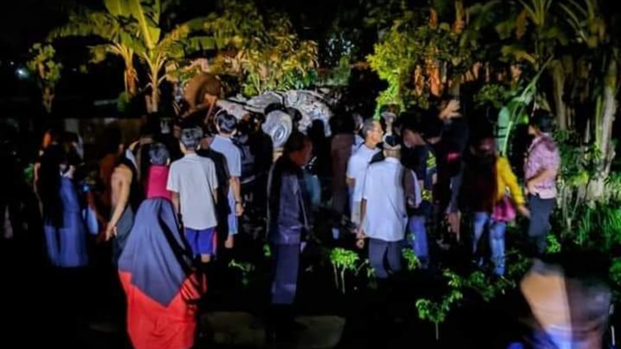 Terobos Perlintasan Rel, Pikap Tertabrak KA Barang di Tulungagung